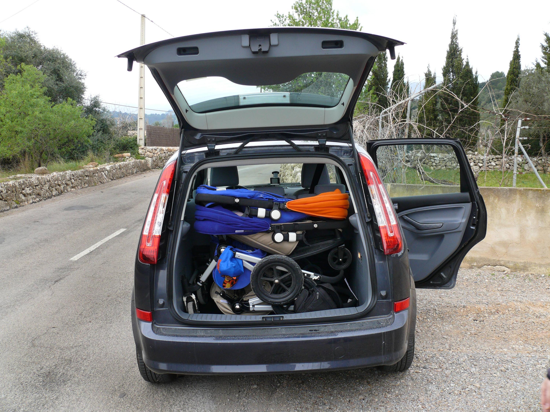 Bild zu Kinderwagen, Kofferraum