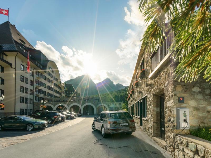 Bild zu Ladestation bei St. Moritz