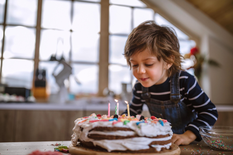 Bild zu geschenke, dritter geburtstag, kleinkind, geschenkideen, spielzeug