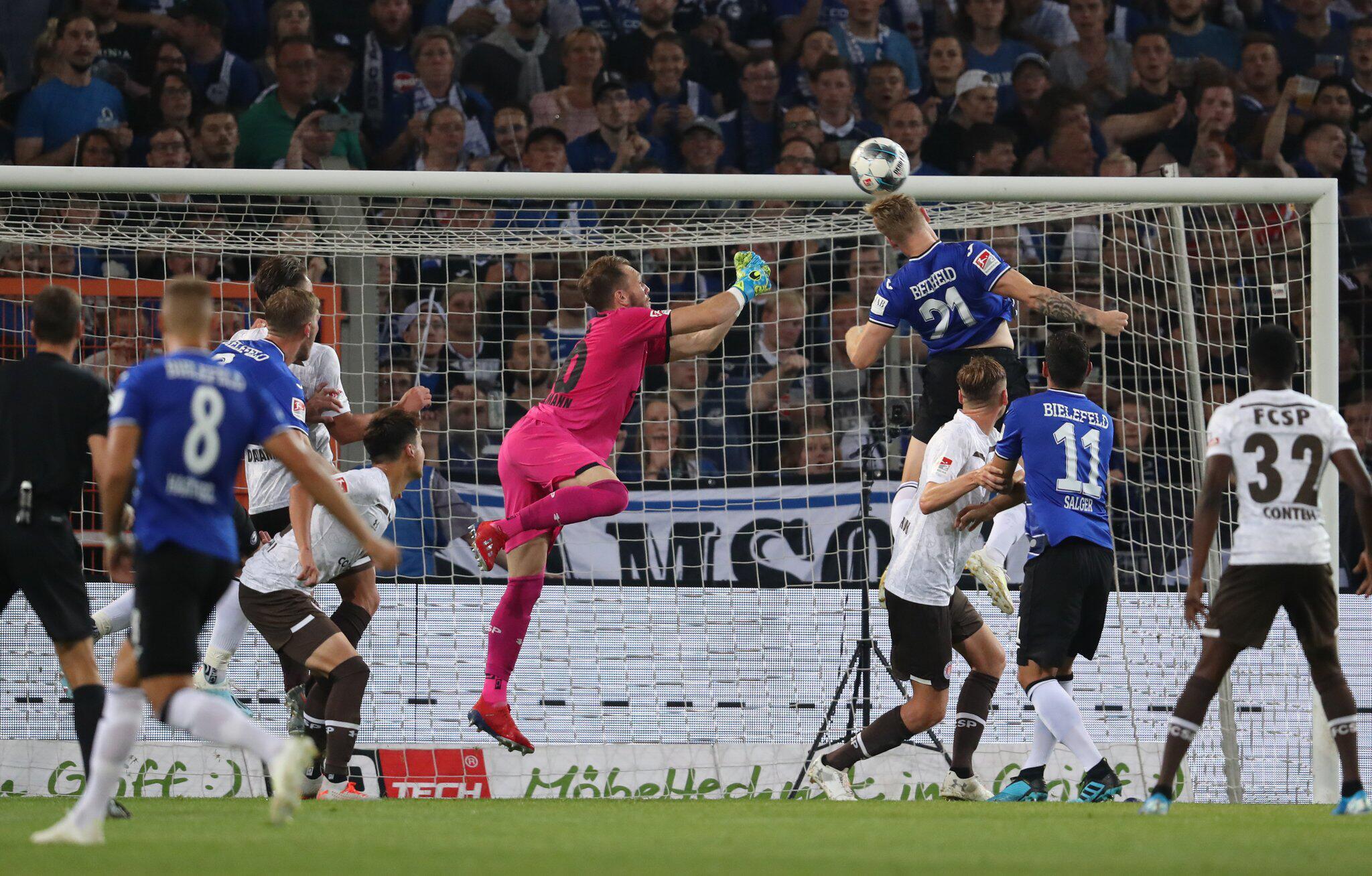 Bild zu Arminia Bielefeld - FC St. Pauli