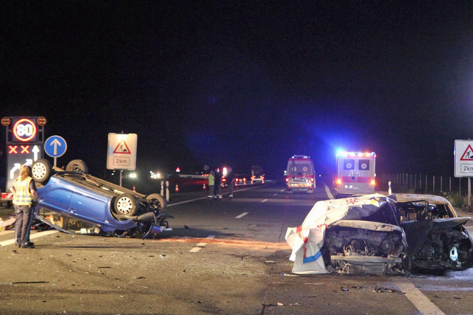 Bild zu Schwerer Verkehrsunfall auf der A3 bei Nürnberg