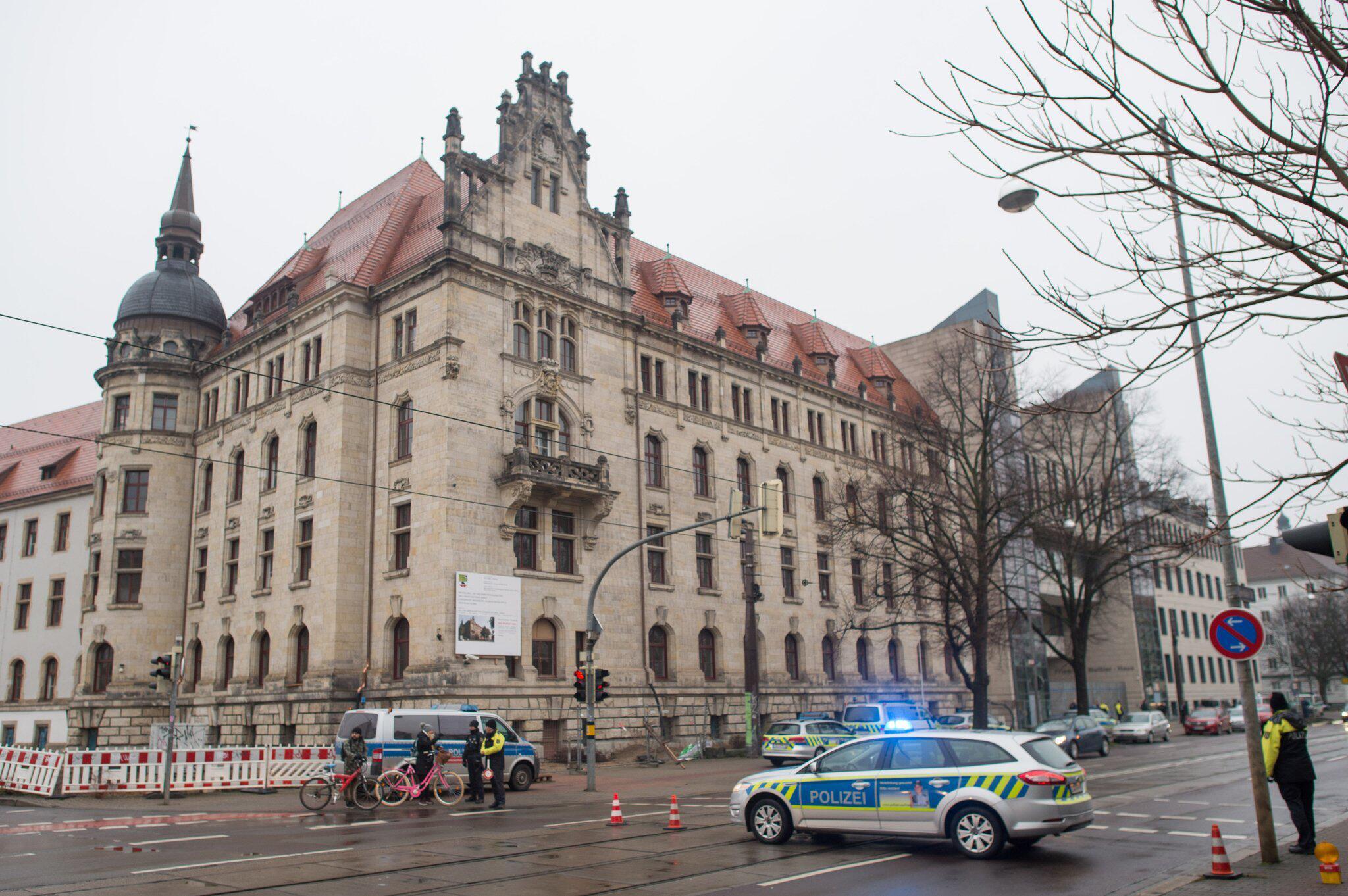 Bild zu Bombendrohung gegen Landgericht