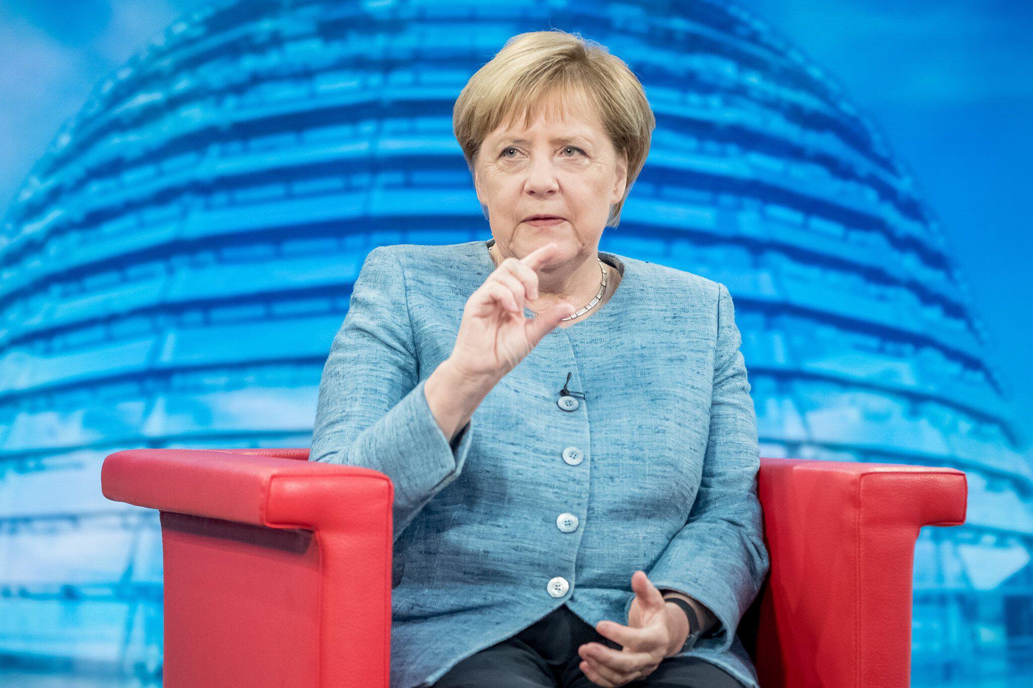 Bild zu Angela Merkel im Sommer Interview