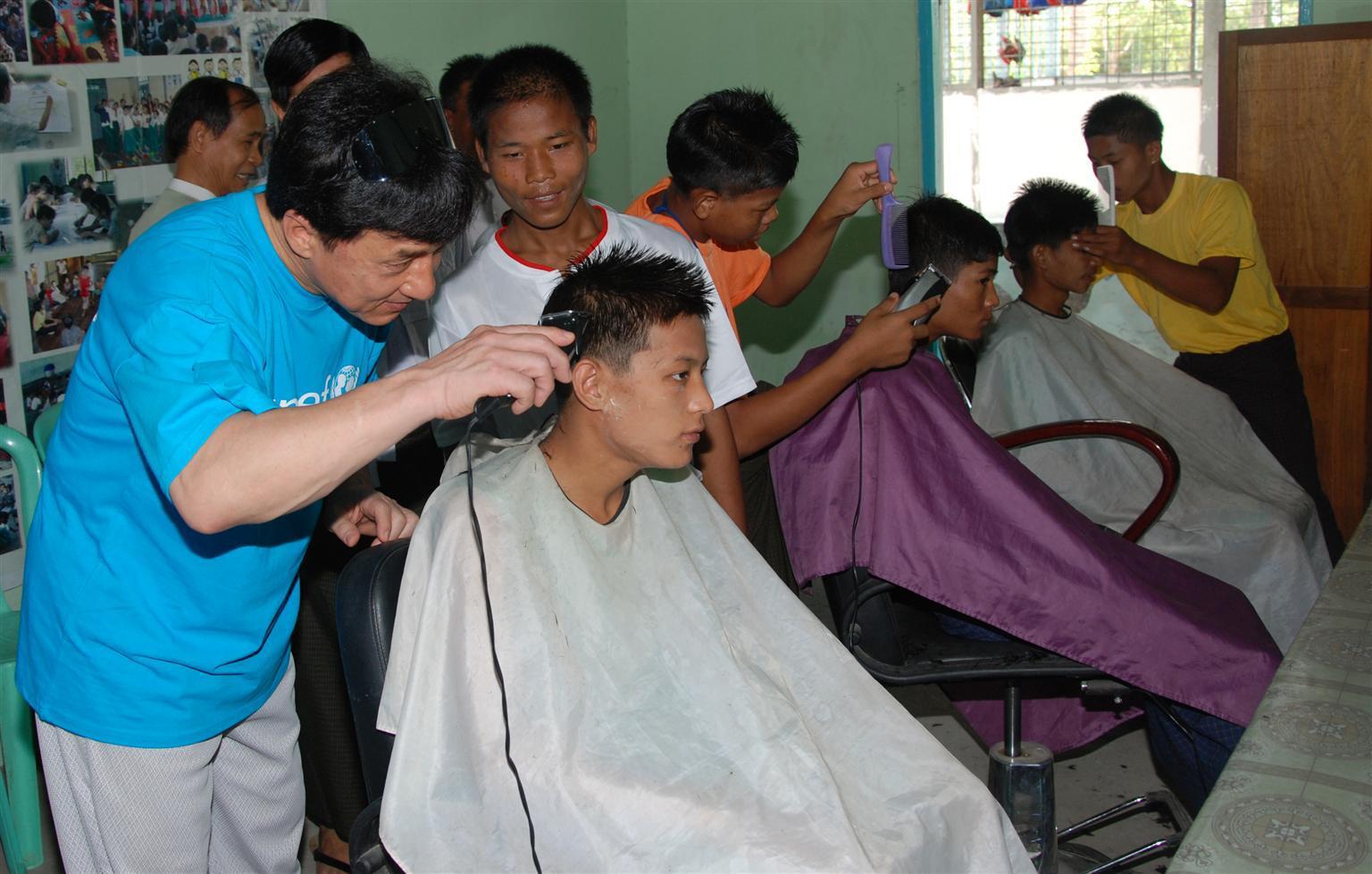 Bild zu Jackie Chan, UNICEF, Myanmar