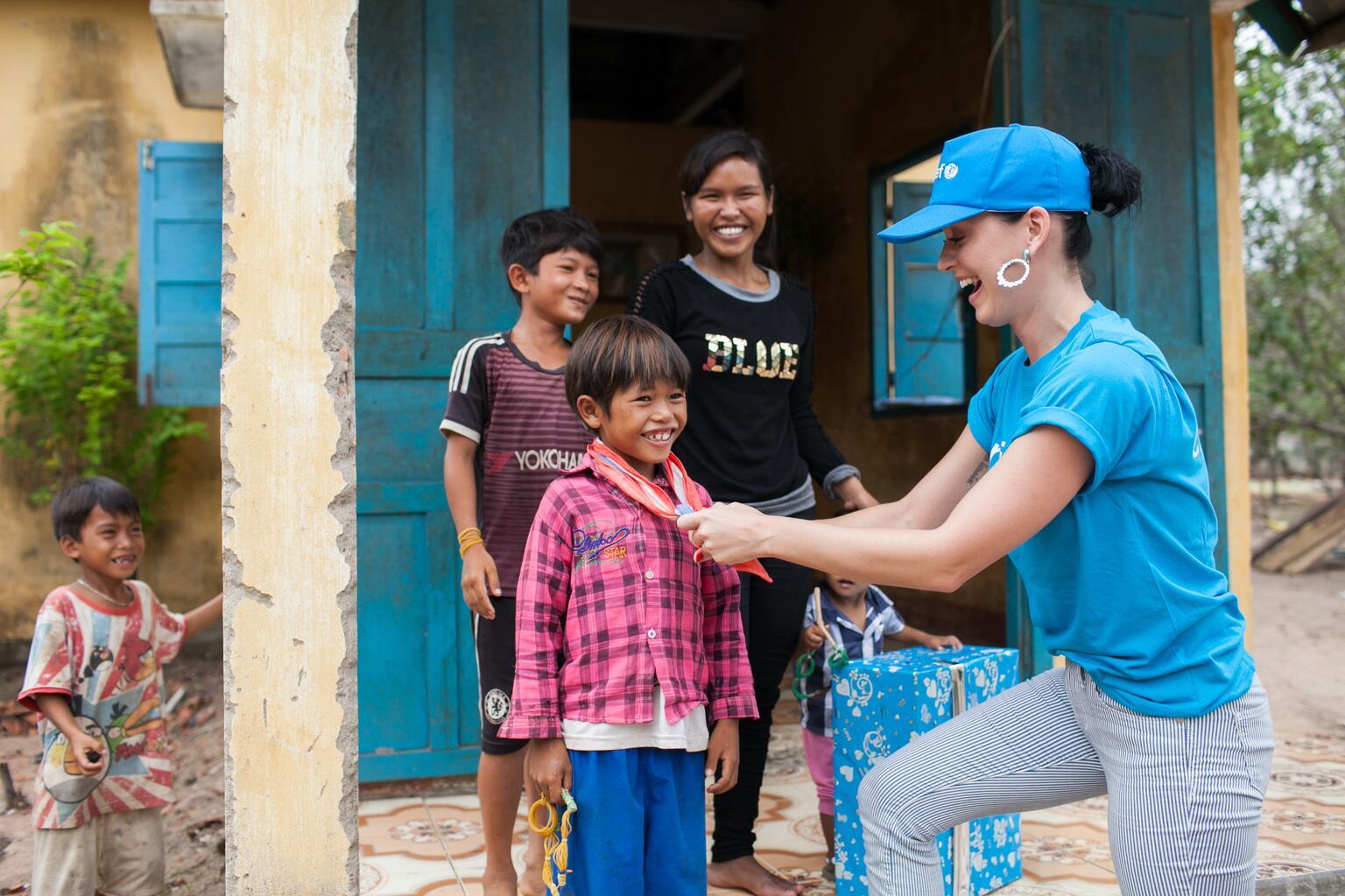 Bild zu Katy Perry, Vietnam, UNICEF