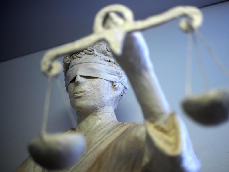 Bild zu Justizia