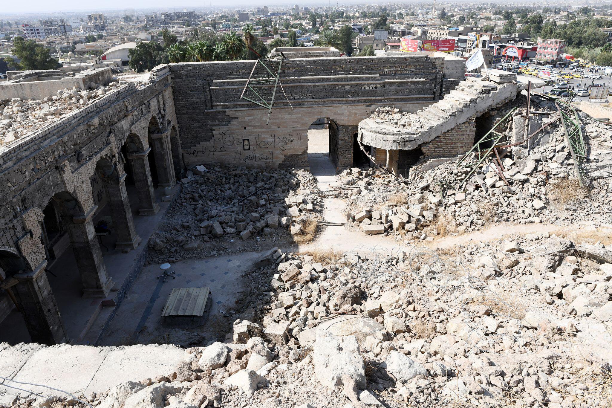 Bild zu Archäologen erforschen jahrtausendealten Palast im Irak