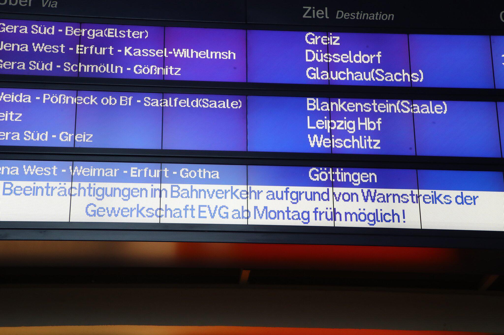 Bild zu Warnstreiks bei der Deutschen Bahn