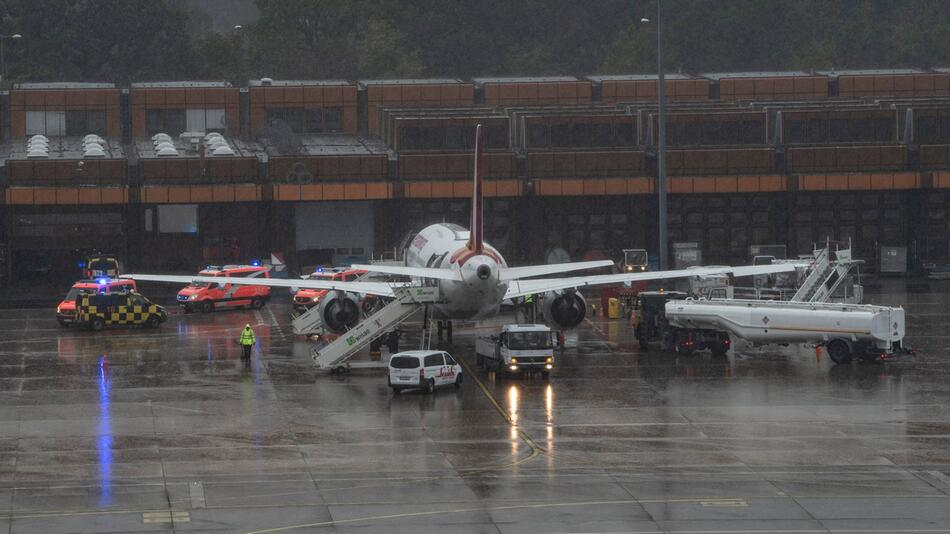Verletzte nach Turbulenzen bei Eurowings-Flug nach Tegel