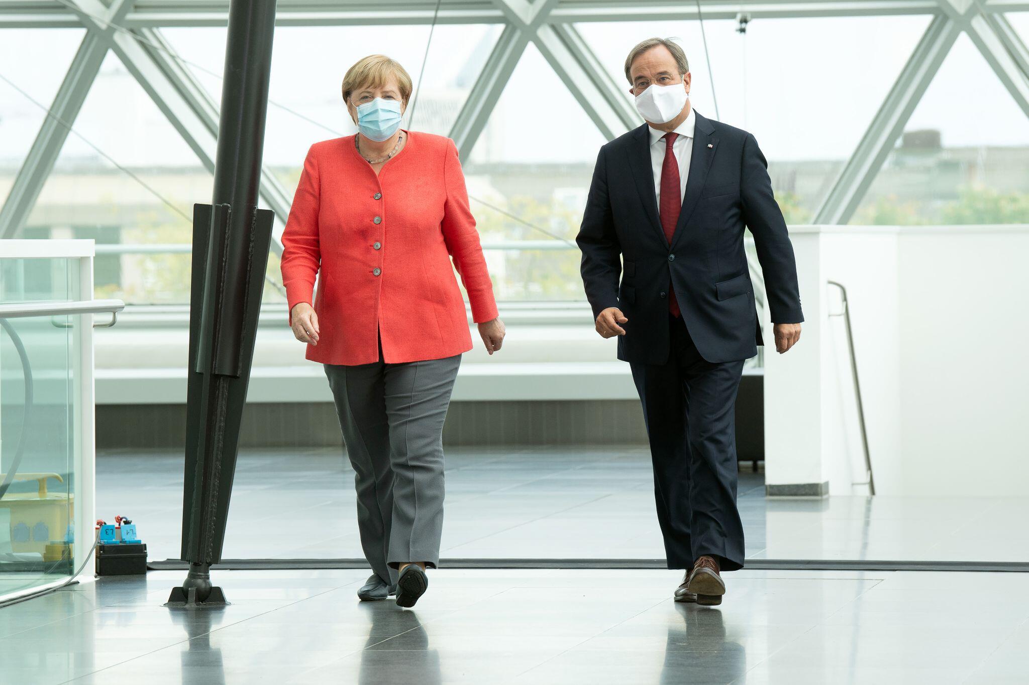 Bild zu Bundeskanzlerin Merkel besucht Nordrhein-Westfalen