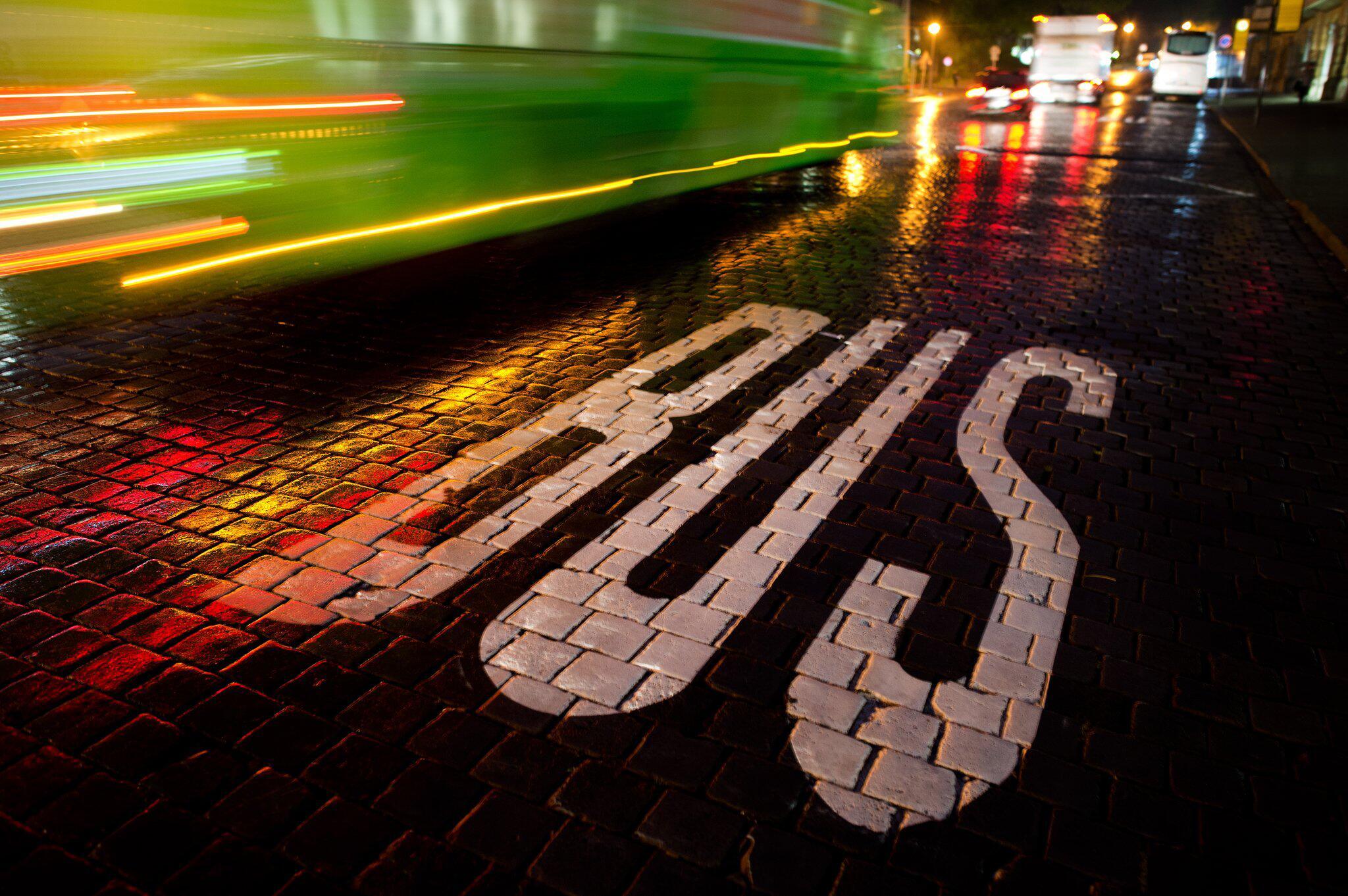 Bild zu Verkehrsminister Scheuers Pläne für die Straßen