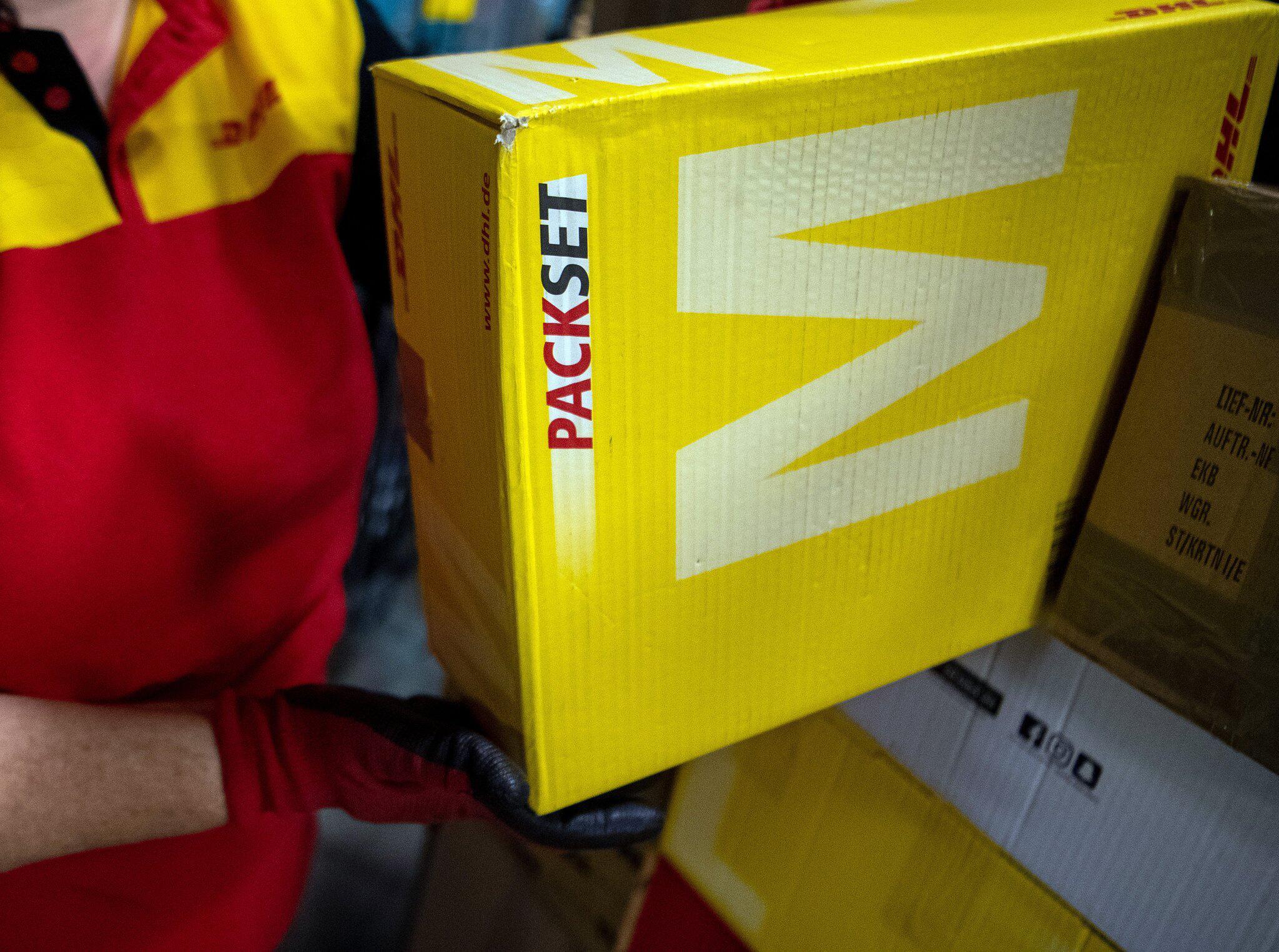 Bild zu Deutsche Post macht Pakete für Privatkunden wieder günstiger