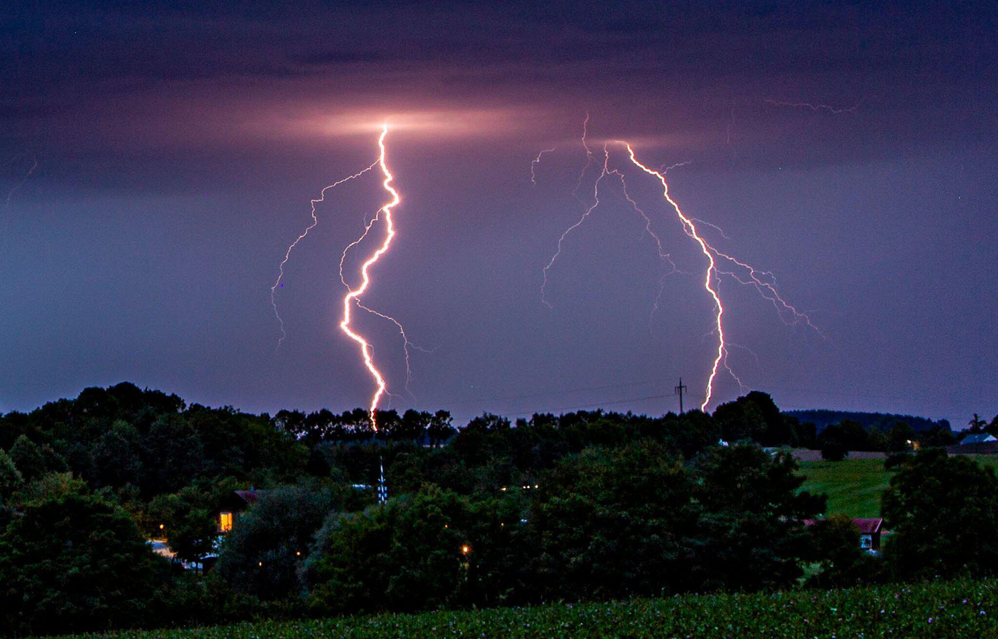 Bild zu Gewitter in Oberbayern