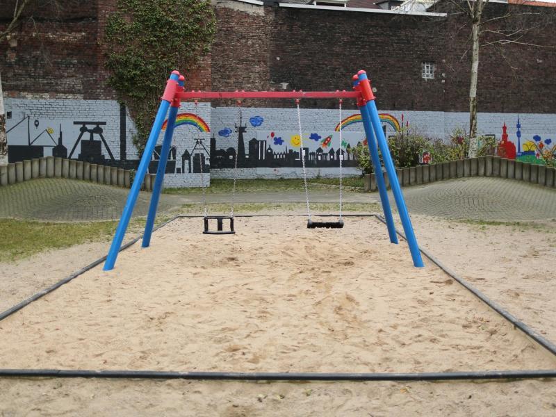 Bild zu Spielplatz