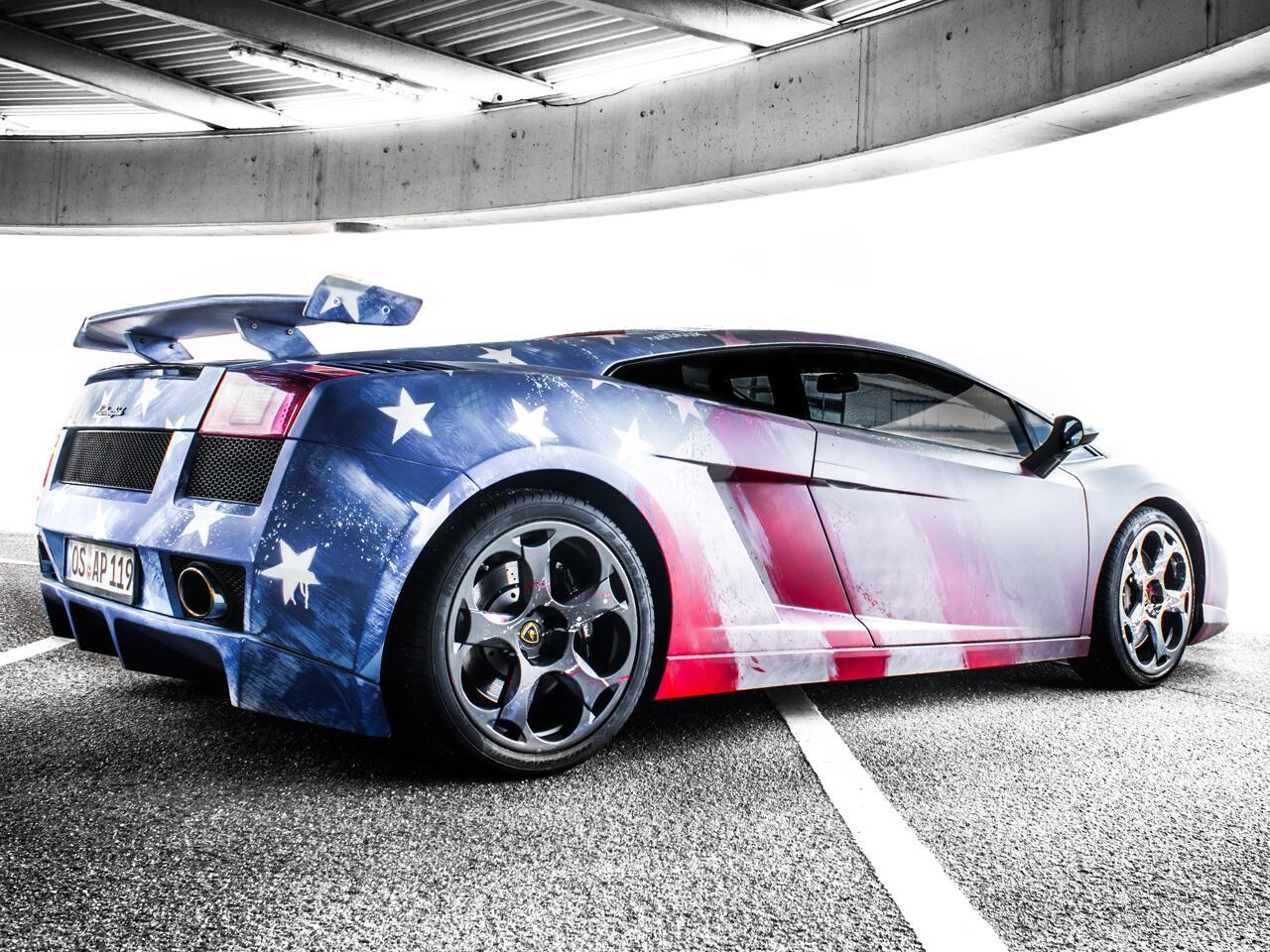 Bild zu Streetart mal anders: Abgefahrene Graffiti-Kunst am Auto von René Turrek