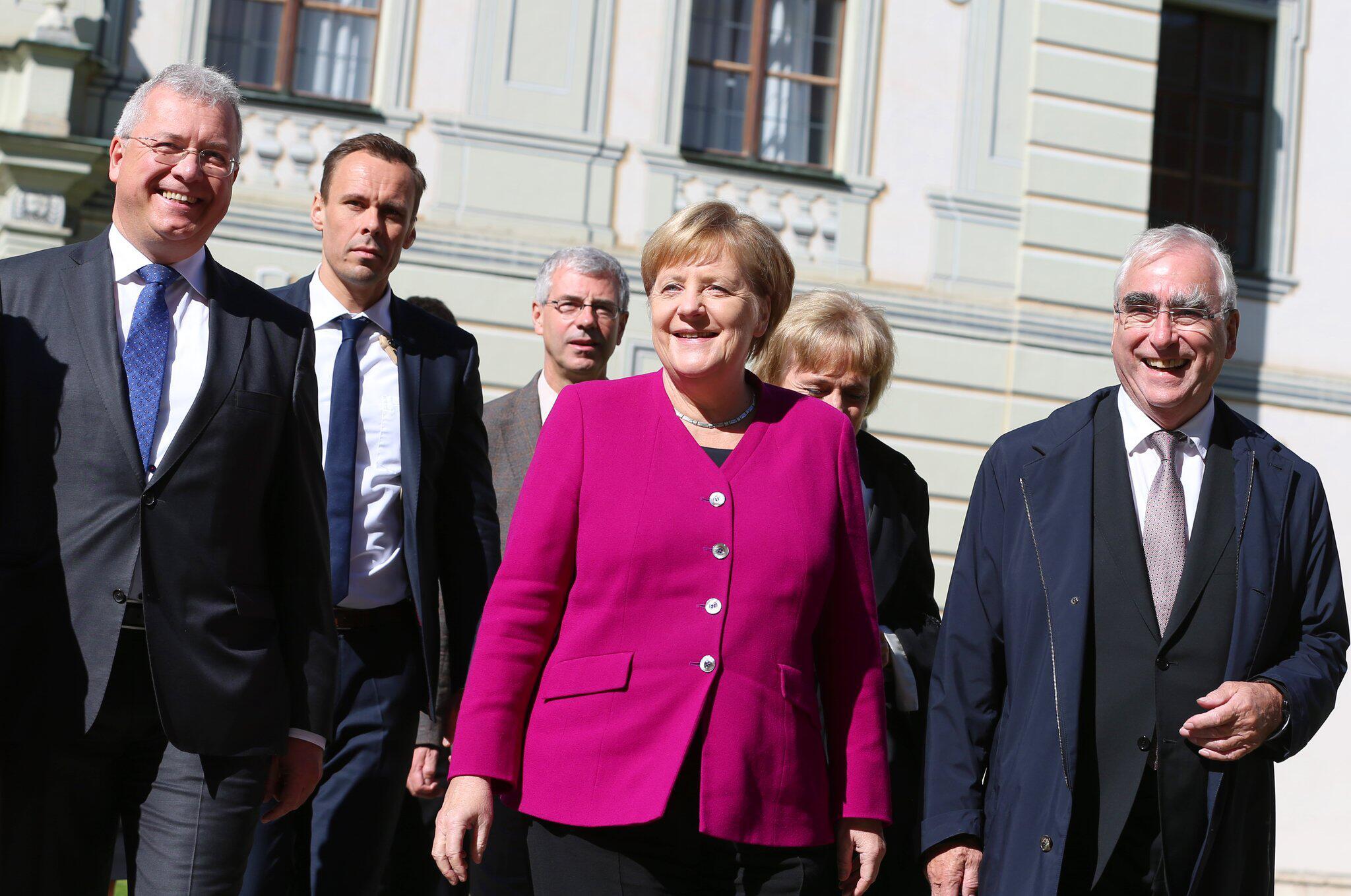 Bild zu Angela Merkel in Bayern