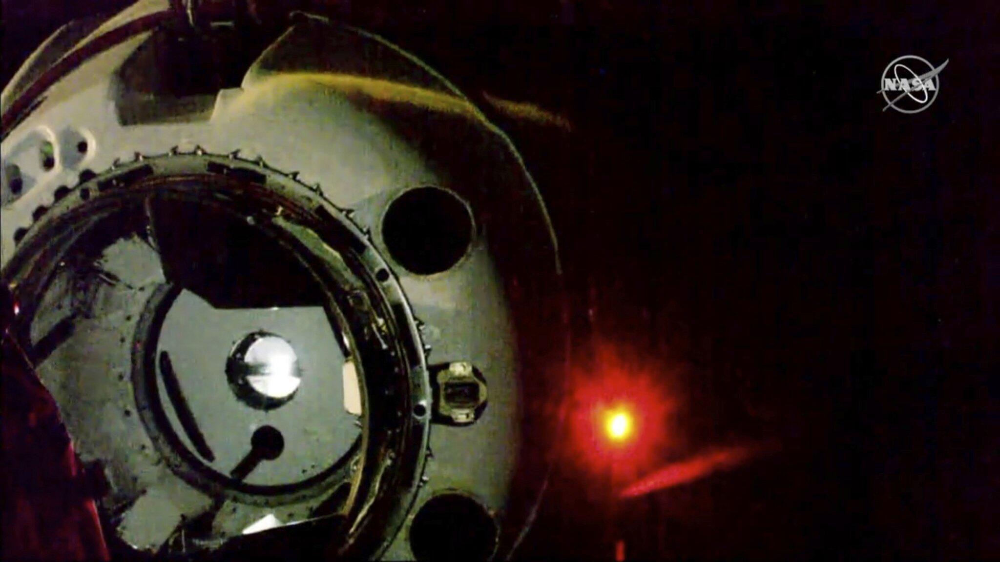 Bild zu SpaceX Crew-Kapsel