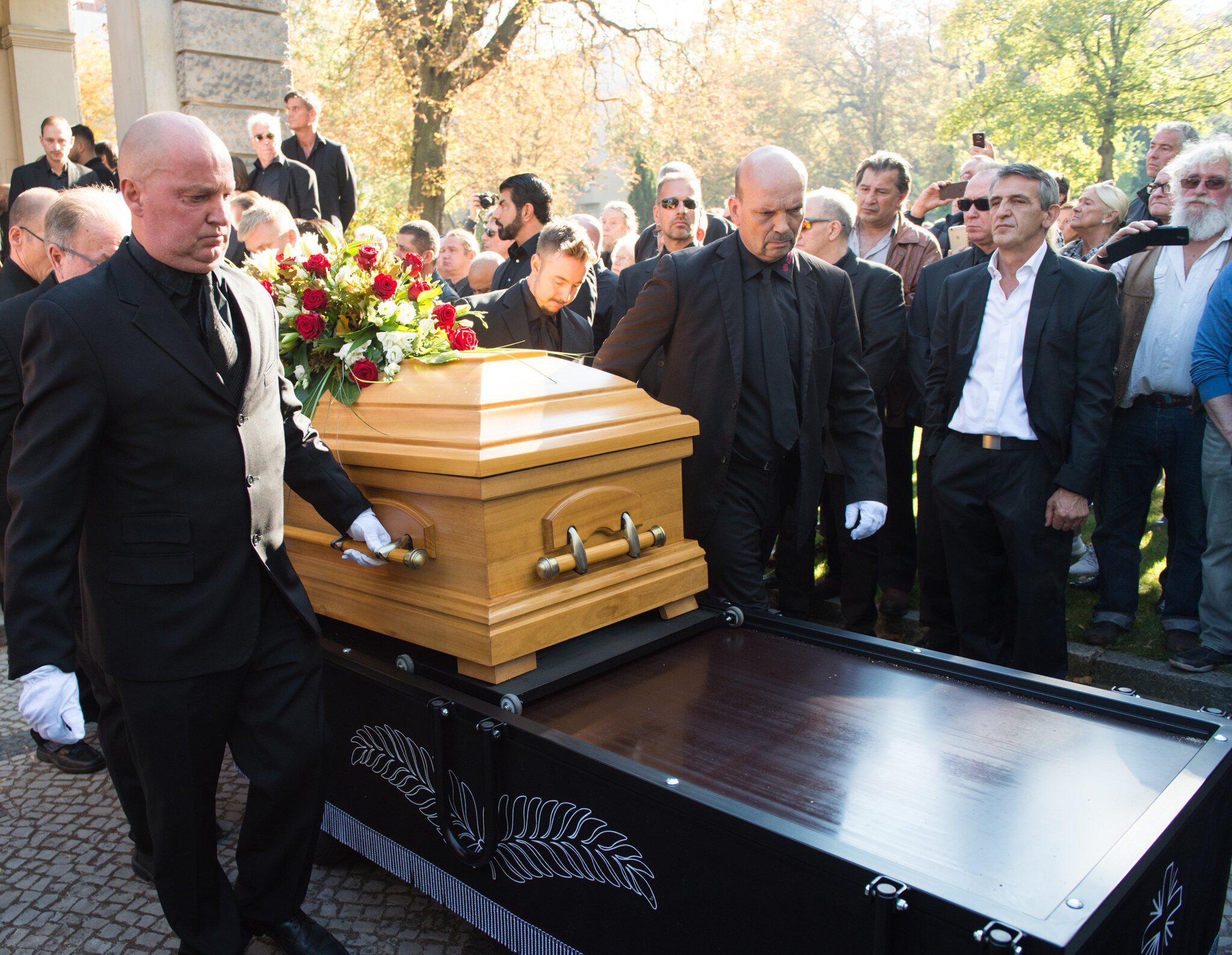 Bild zu Boxing: Funeral service Graciano Rocchigiani