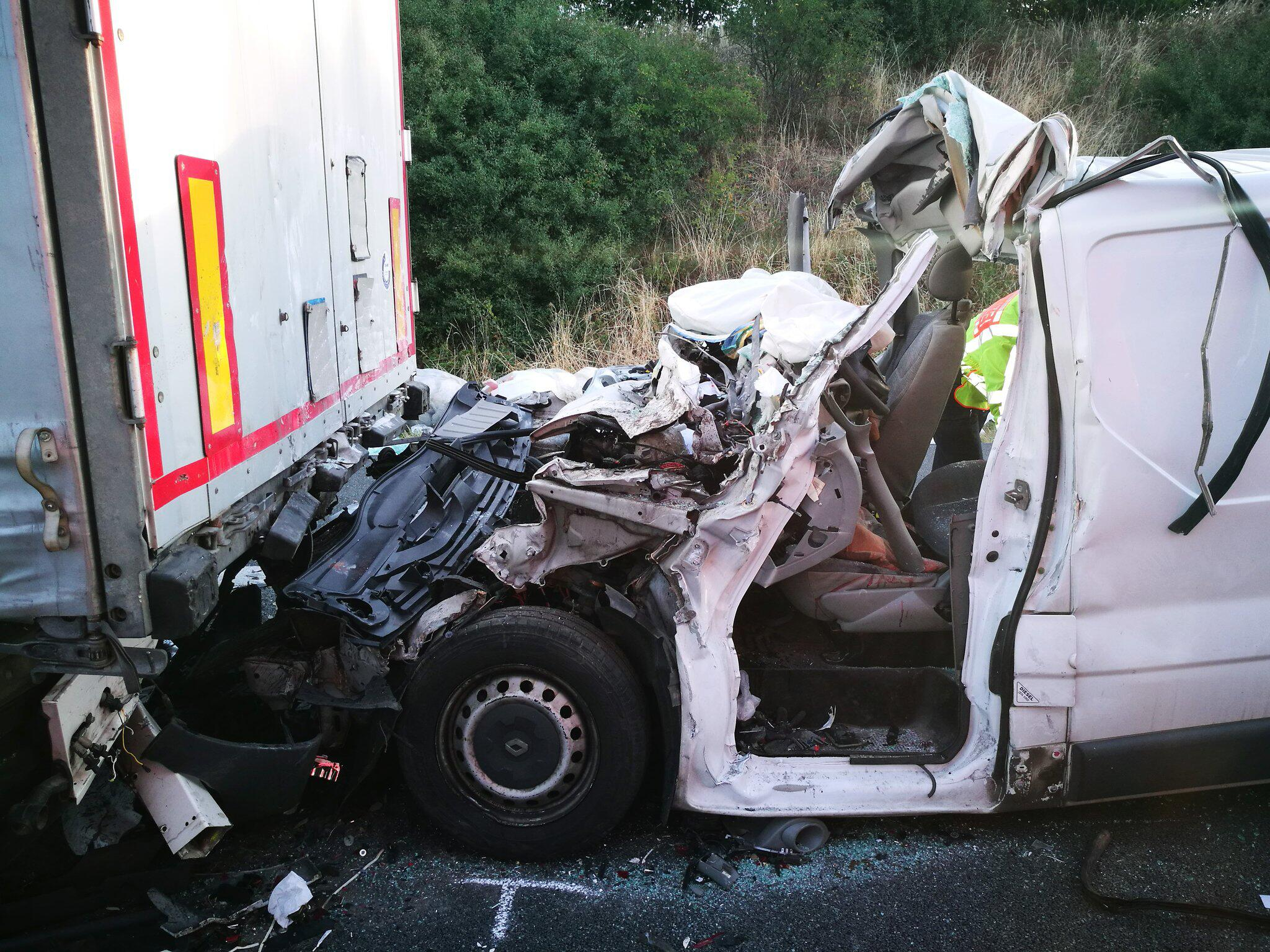 Bild zu Drei Tote bei Lkw-Unfall bei Peine