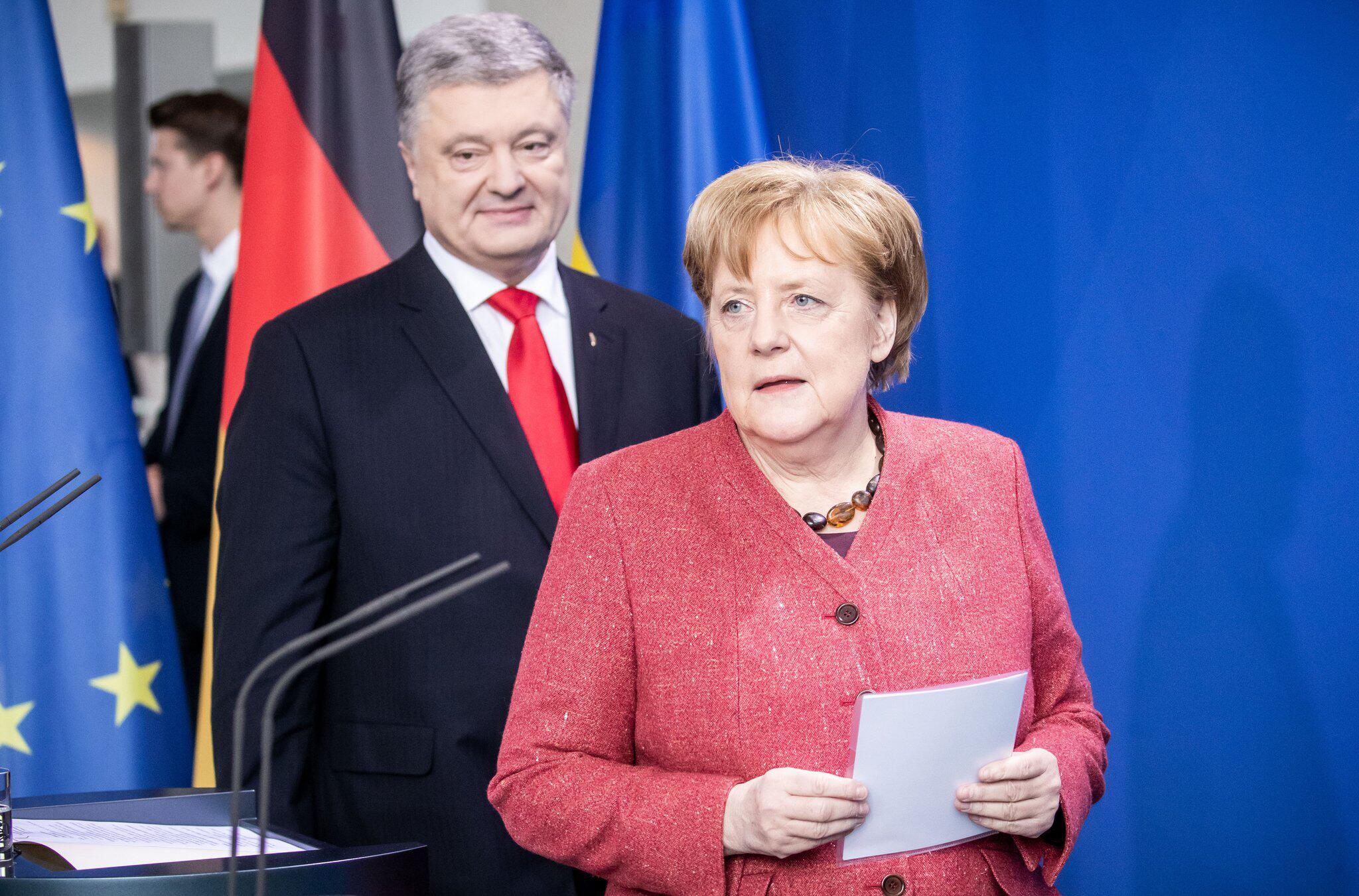 Bild zu Angela Merkel, Petro Poroschenko