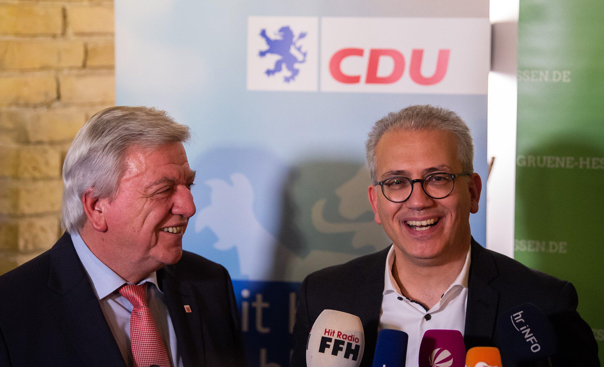 Bild zu Koalitionsvertrag von CDUund Grüne in Hessen