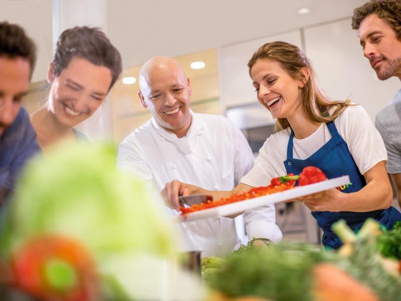 Bild zu Kochschulen bei Aida Cruises