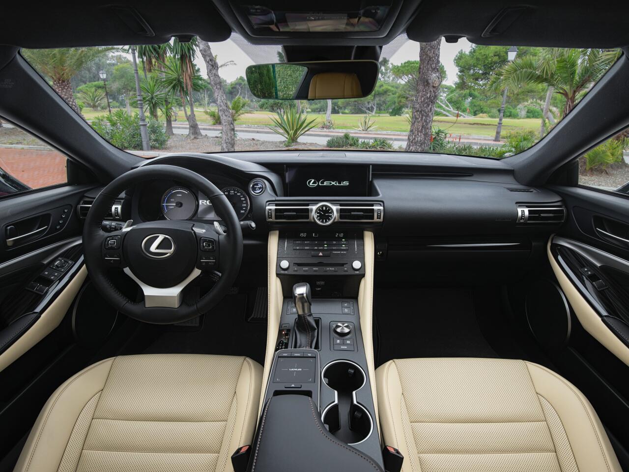 Bild zu Luxus im Lexus