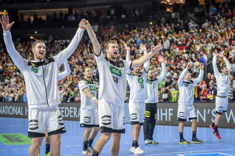 Bild zu Handball-WM, Köln, Deutschland, Spanien, DHB, Sieg, Jubel, Fans, Hendrik Pekeler, Fabian Böhm