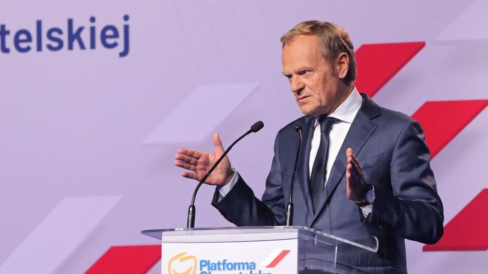 Tusk übernimmt Führung der größten polnischen Oppositionspartei
