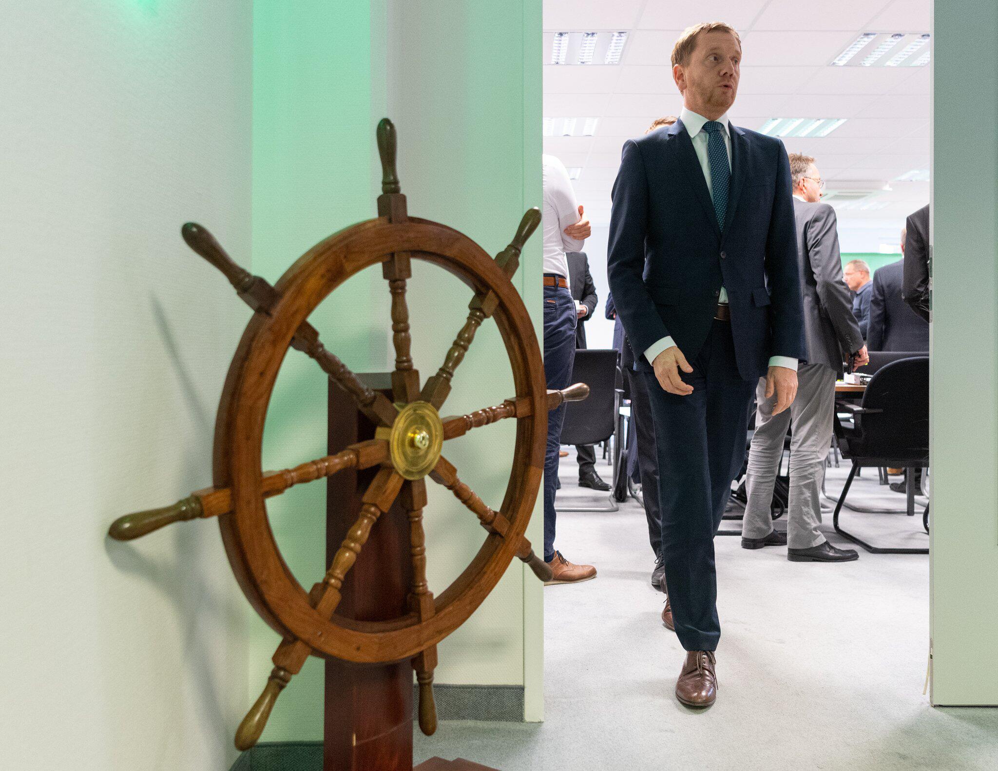 Bild zu Beratungen der CDU Sachsen über Koalitionsverhandlungen