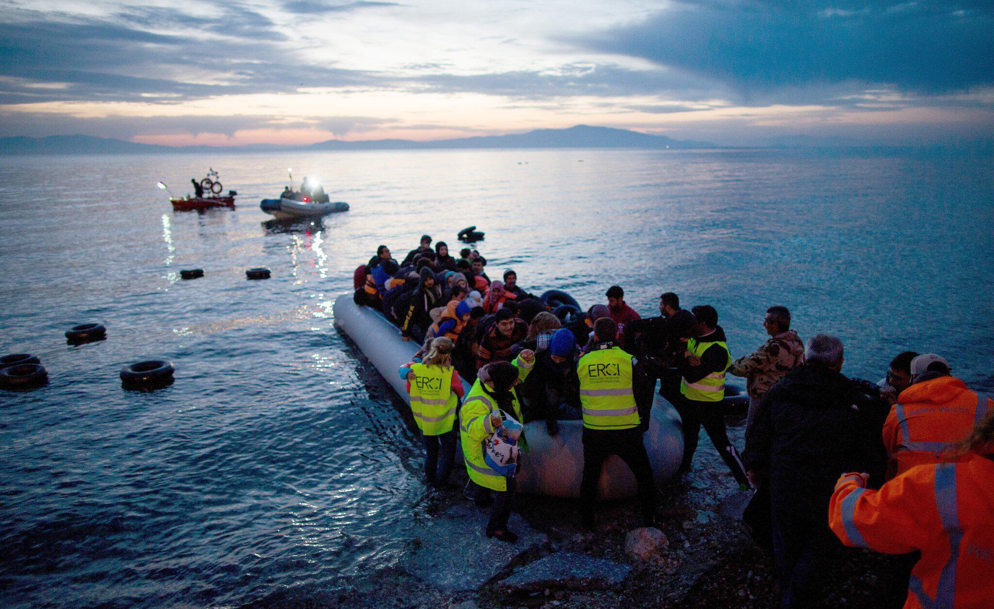 Bild zu Athen plant schwimmende Barrieren gegen Migranten