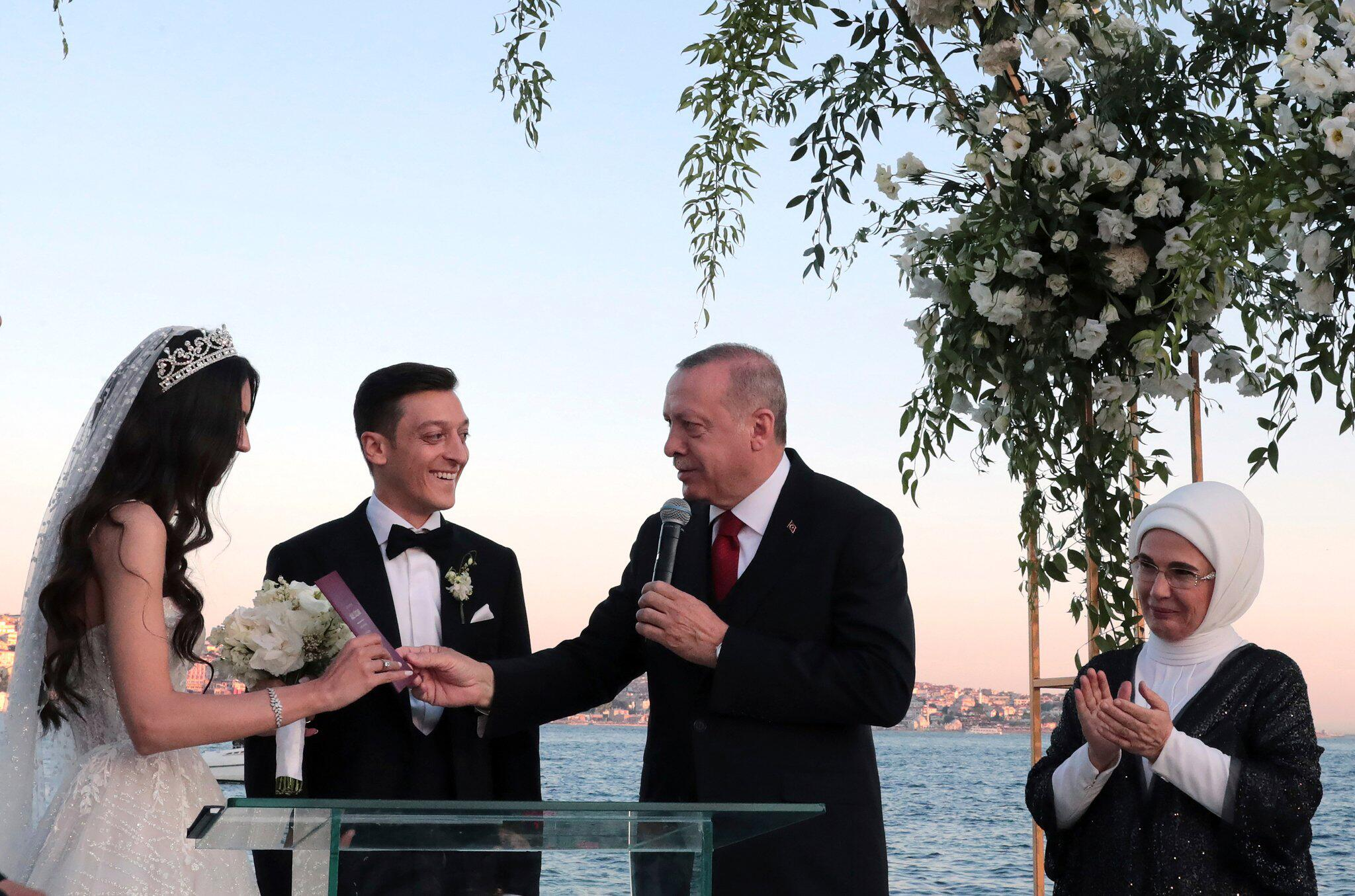 Bild zu Mesut Özil heiratet in Istanbul