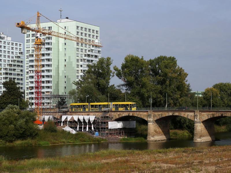 Bild zu Anna-Ebert-Brücke