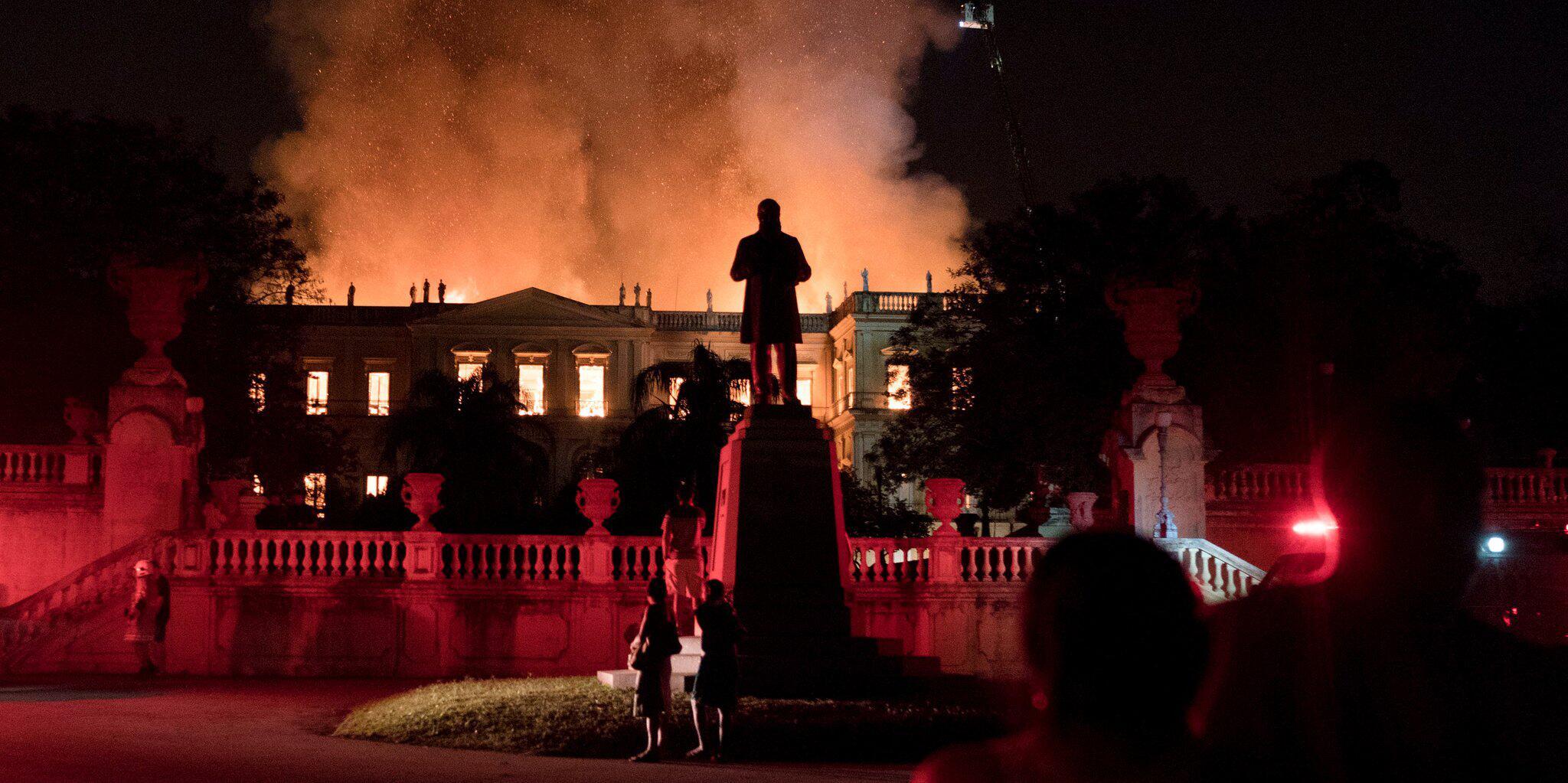 Bild zu Großbrand Nationalmuseum in Rio