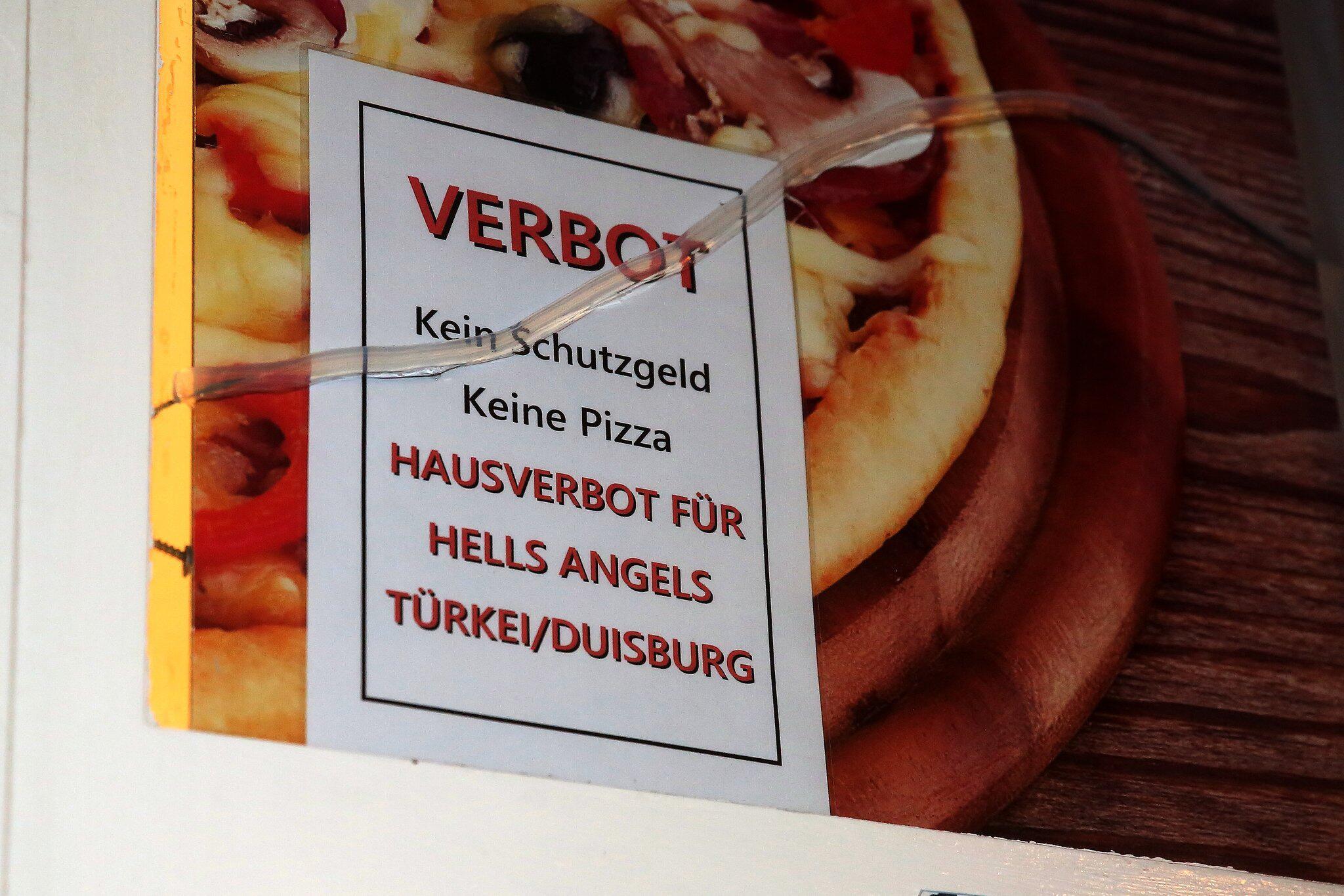 Bild zu Rocker sollen Pizzeria in Düsseldorf attackiert haben