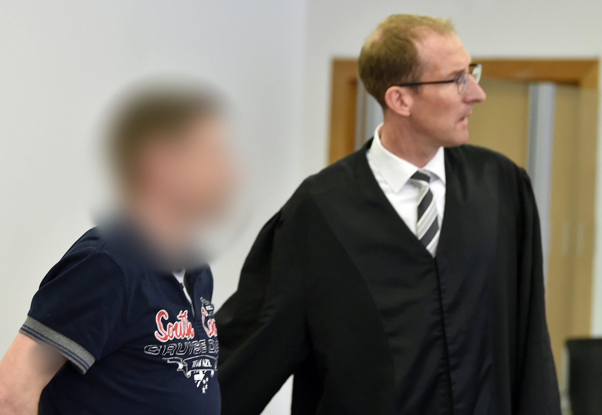 Bild zu Urteil im Prozess wegen Mordes an einem Säugling