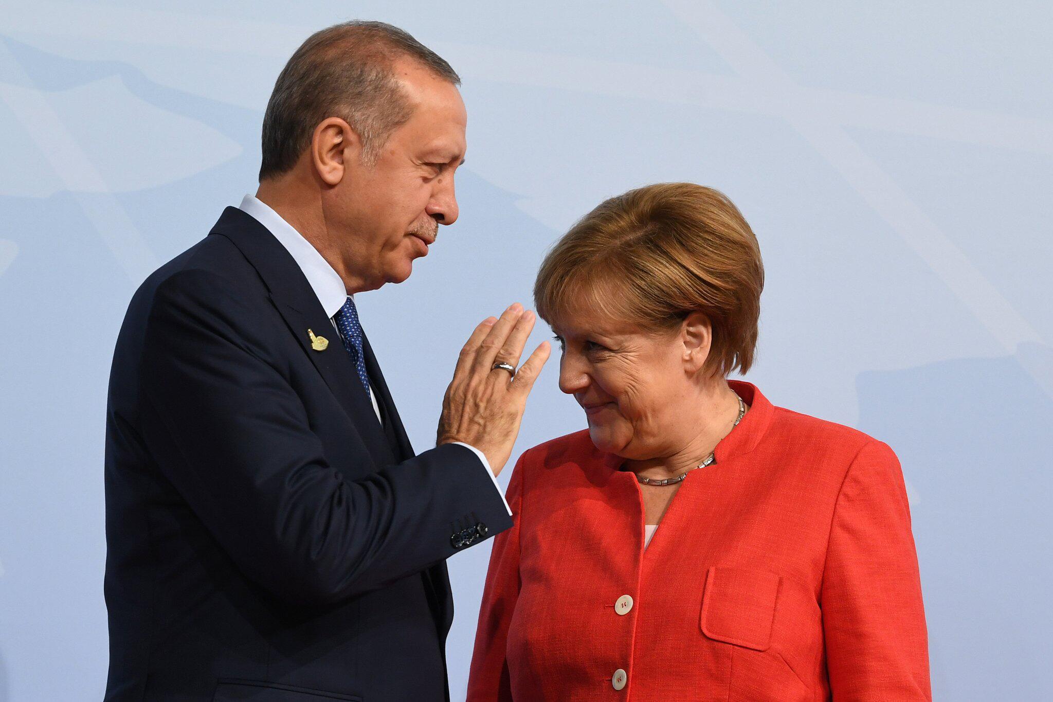 Bild zu Angela Merkel and Recep Tayyip Erdogan