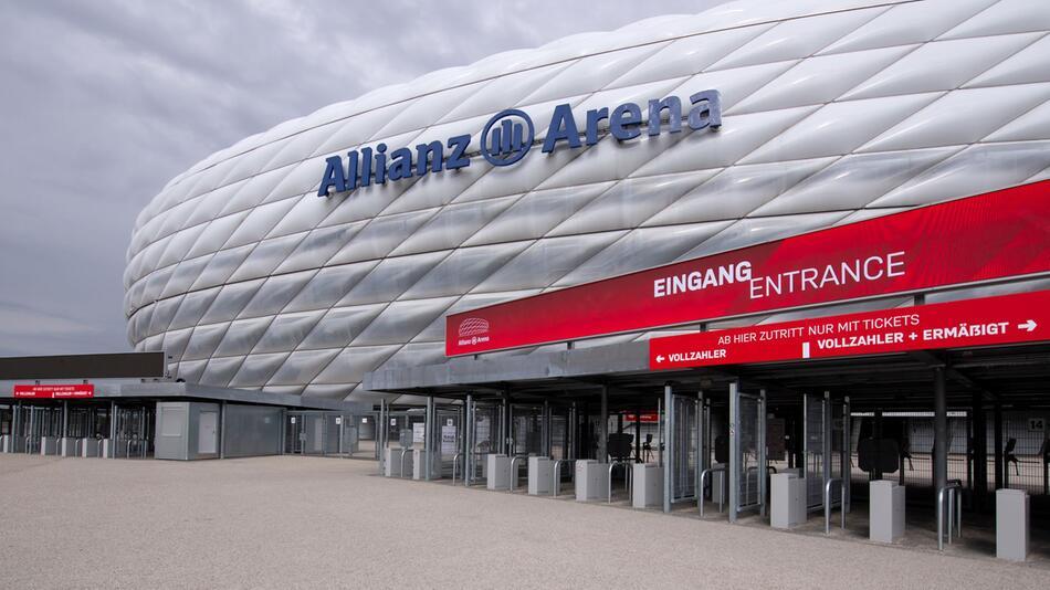 Fußball EM - Rückzug von Spielorten droht