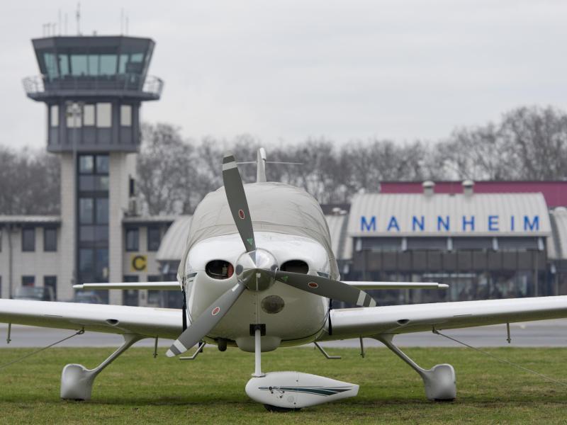 Bild zu Flughafen Mannheim