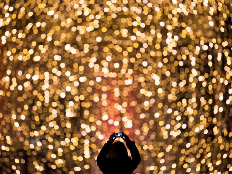 Bild zu Weihnachtliches Lichtermeer