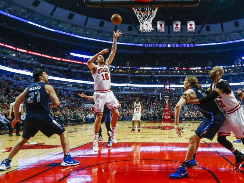 Bild zu Basketball-Action in der NBA