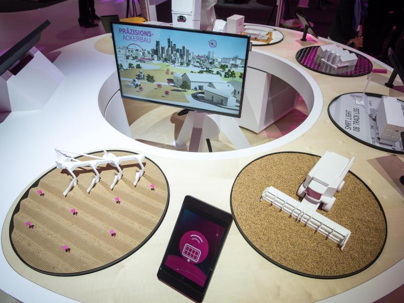 Bild zu Cebit: Stand der Telekom
