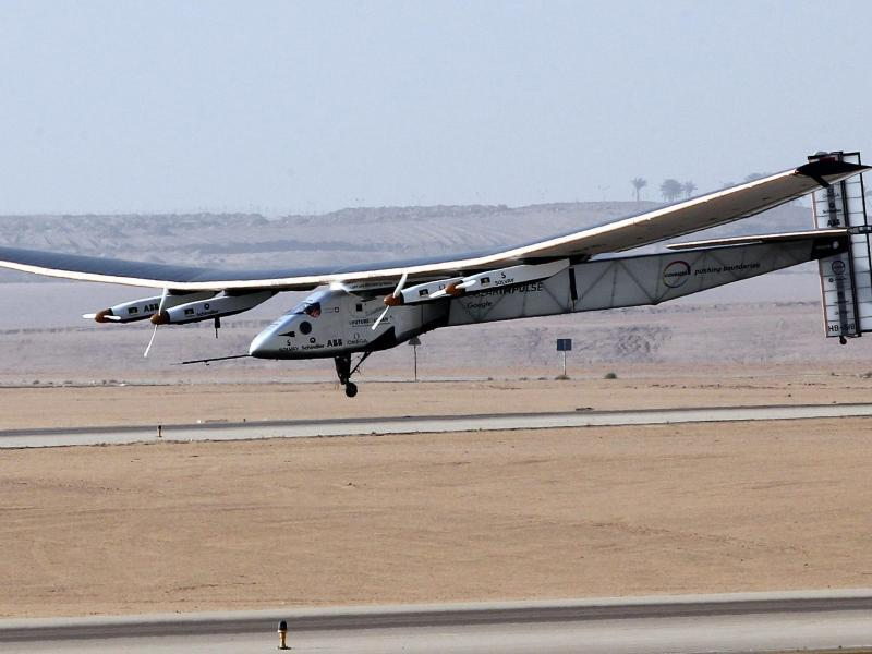 Bild zu Solar Impulse landet in Kairo