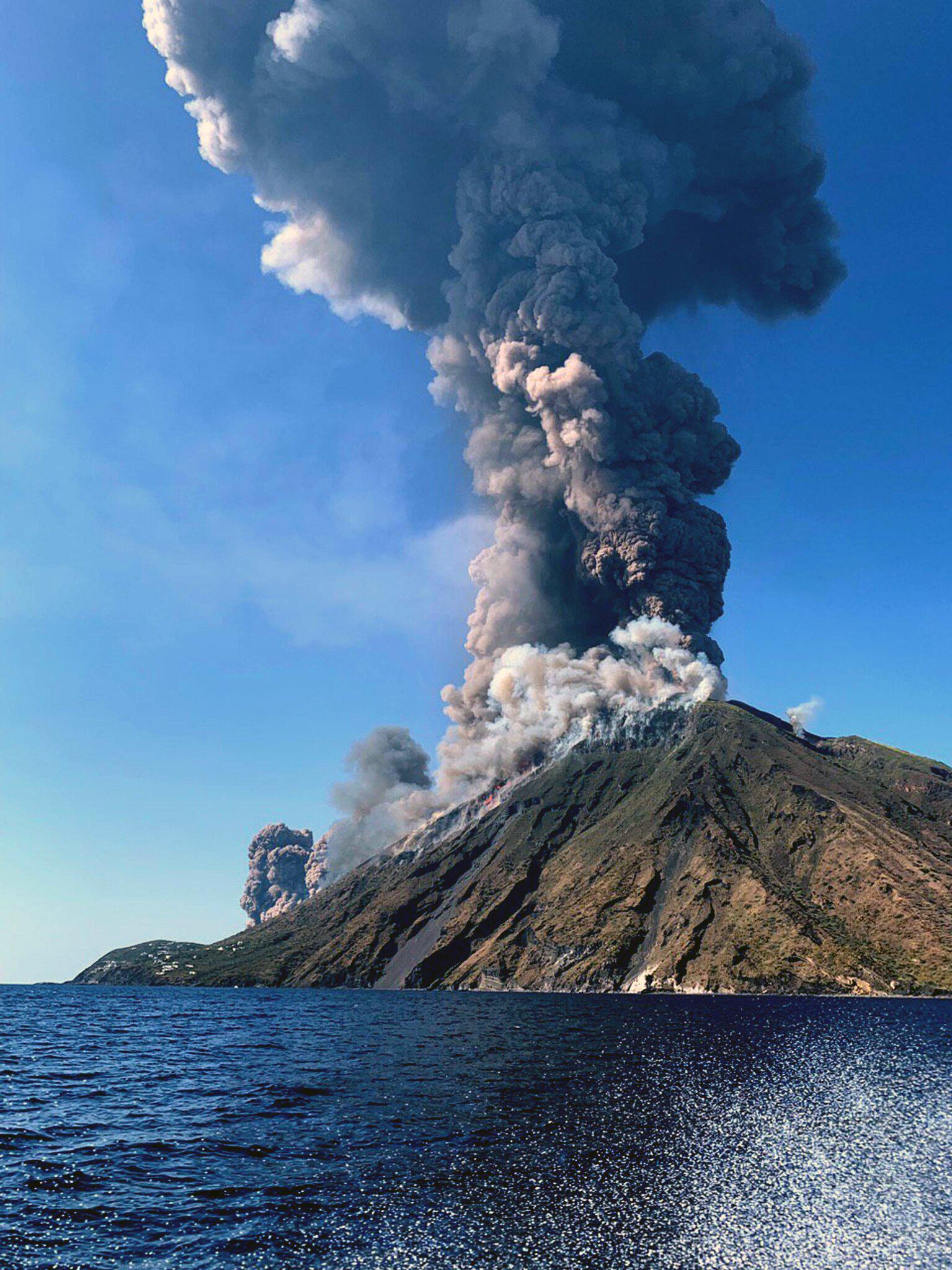 Bild zu Großer Ausbruch am Vulkan Stromboli
