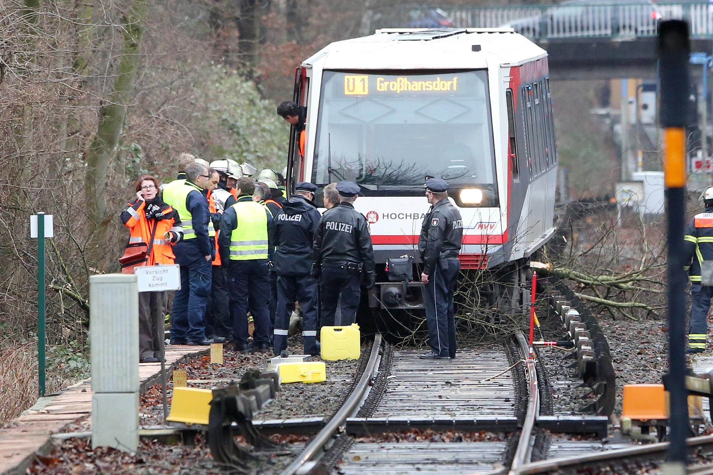 Bild zu Entgleiste U-Bahn Hamburg
