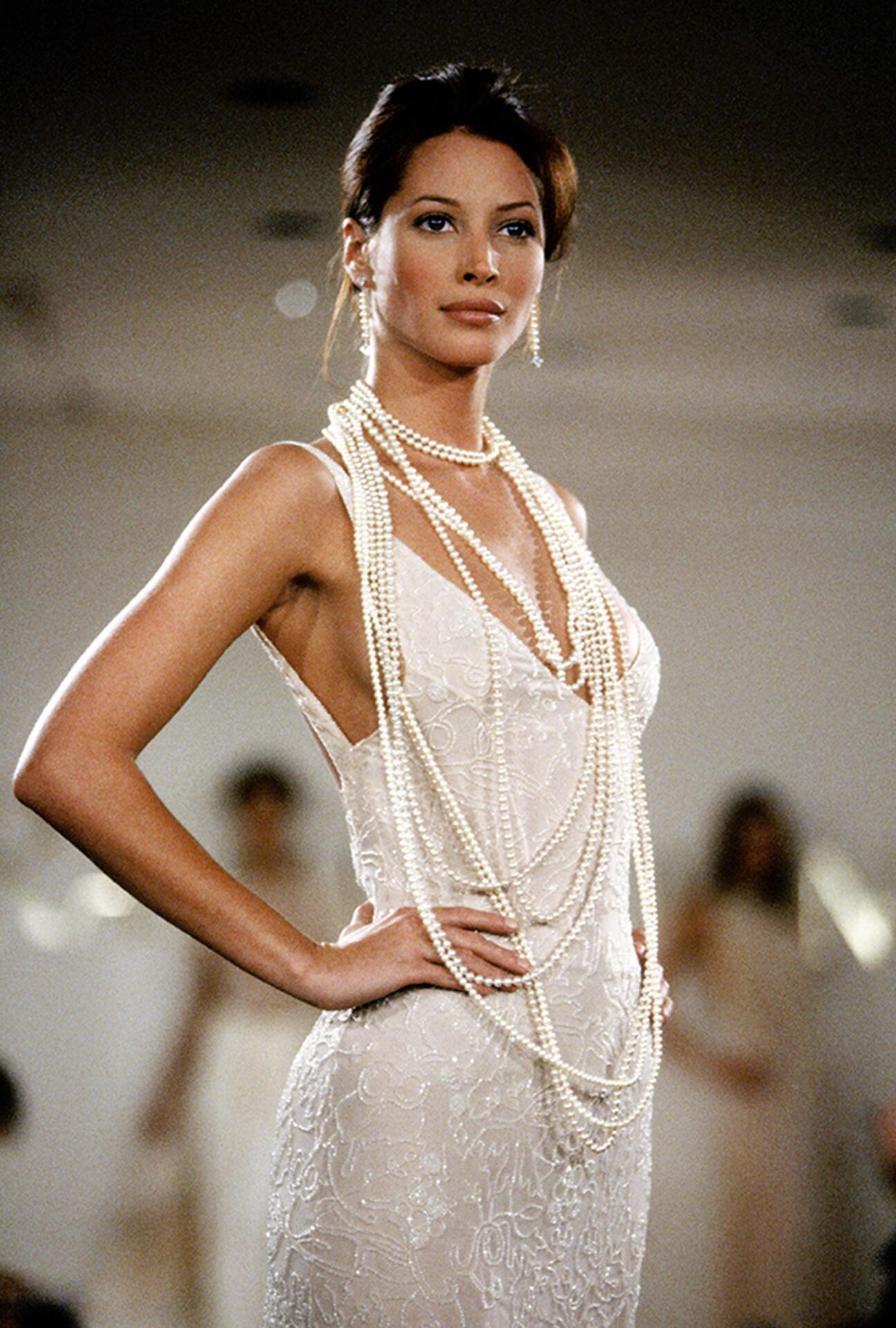 Bild zu Christy Turlington, Model, 90er