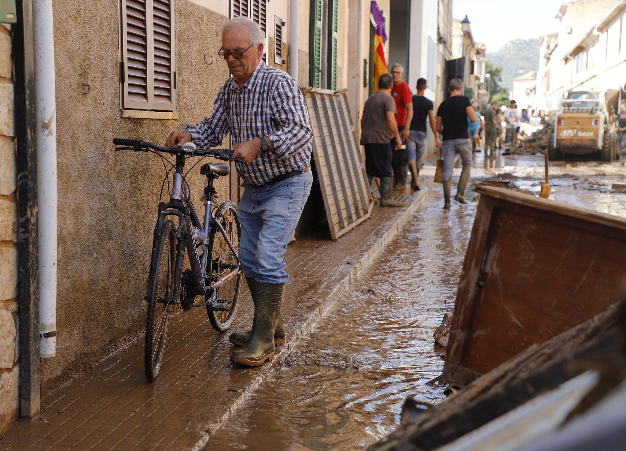 Bild zu Nach Unwetter auf Mallorca
