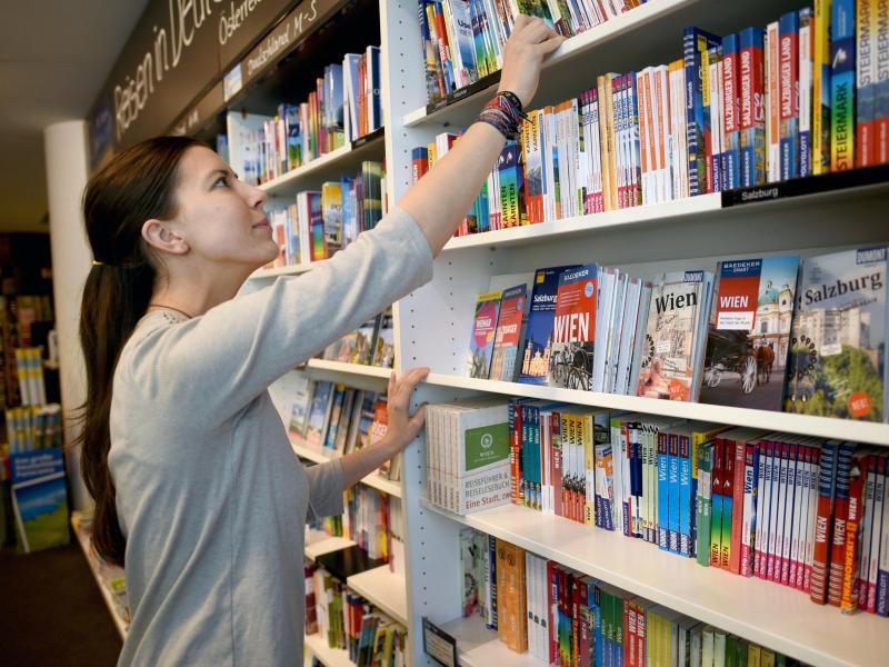 Bild zu Bücher einsortieren