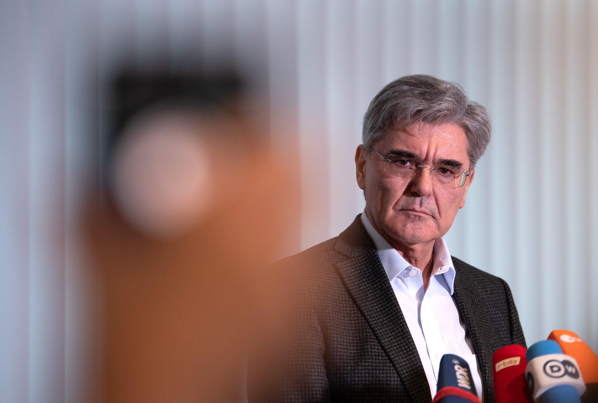 Bild zu Siemens CEO statement after meeting Fridays for Future's Neubauer