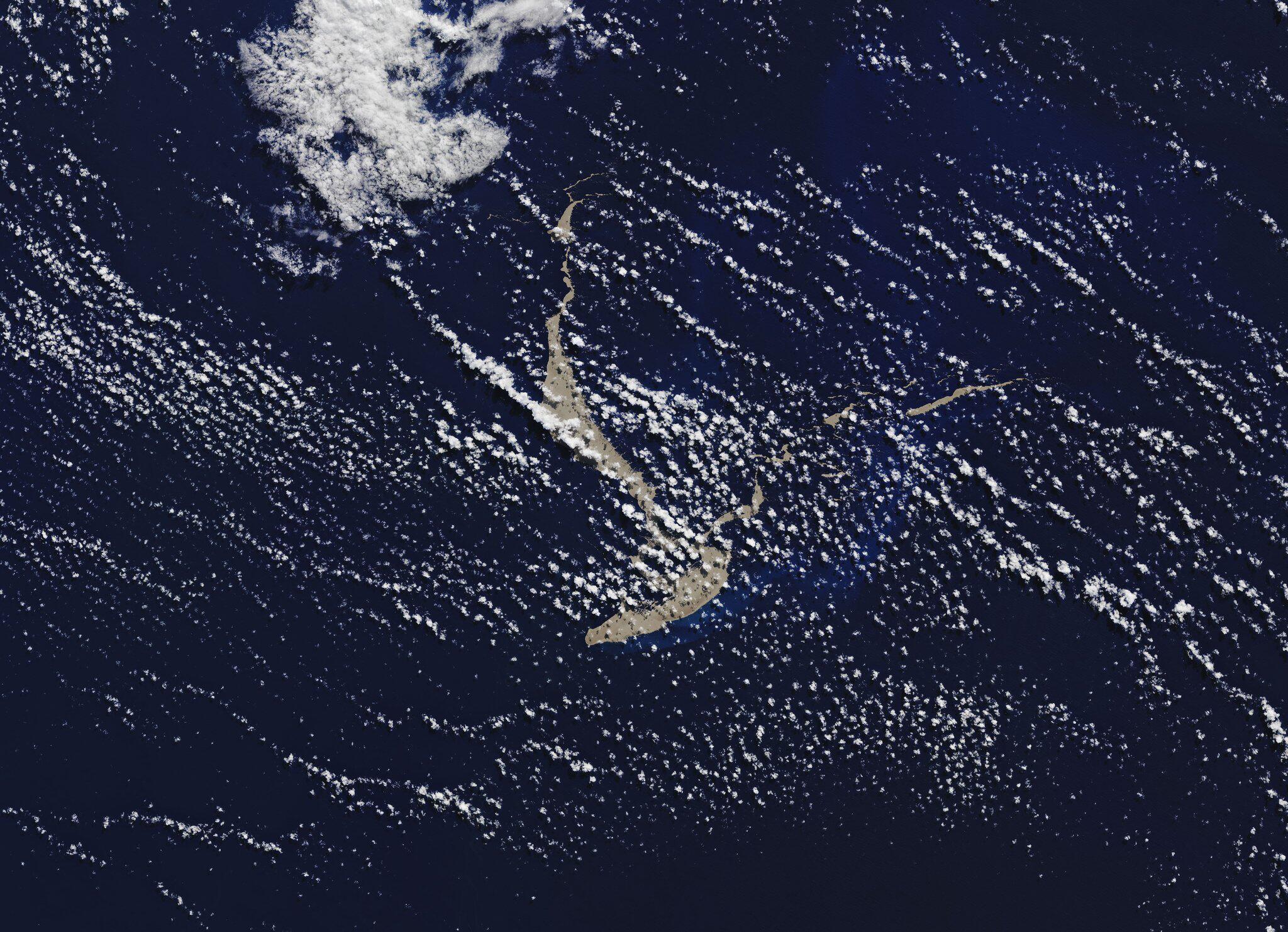 Bild zu Bimssteinfloß treibt im tropischen Pazifik